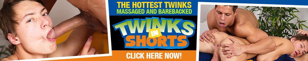 TwinksinShorts -  French Connection - Alexis Tivolly, Axel Green TwinksinShorts