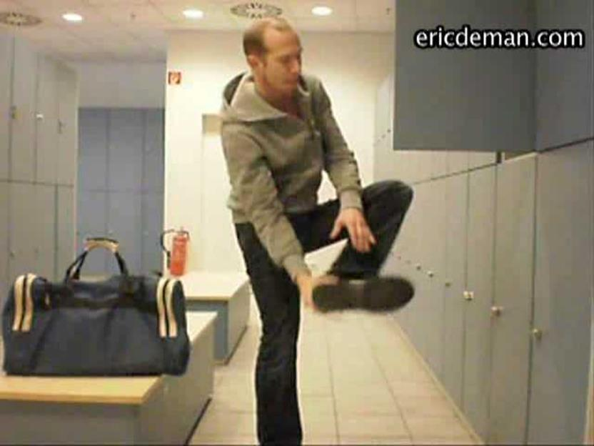 EricDeman – Lad Getting Naked In The Locker Room