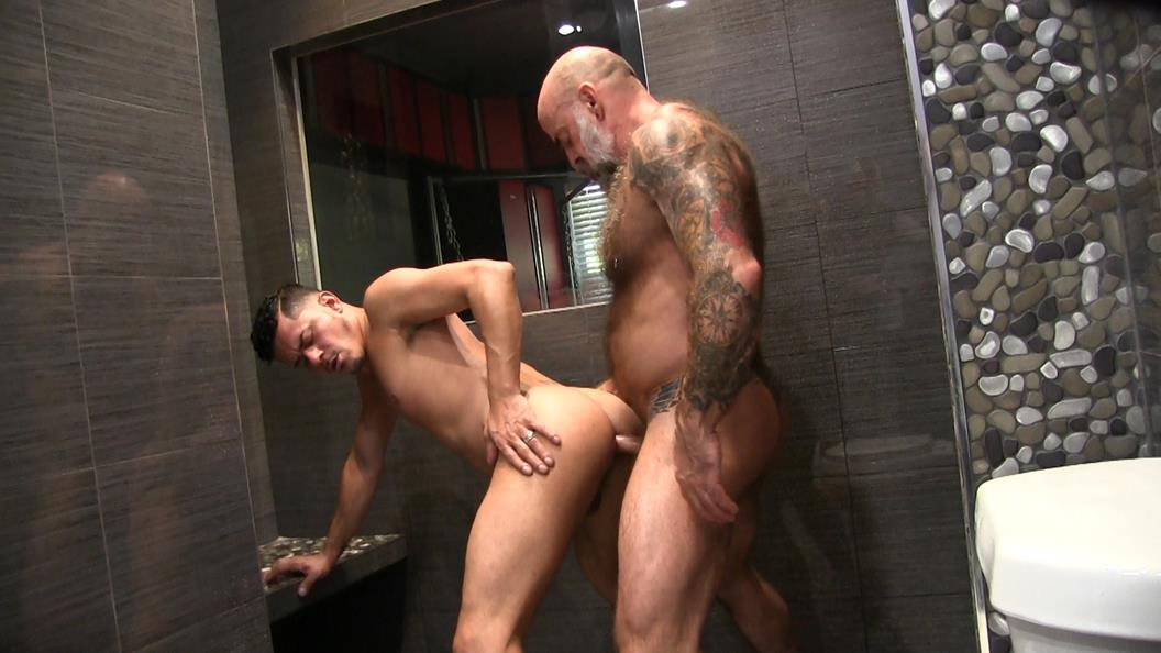 VictorCodyXXX – Nate and Cesar Shower Fucking