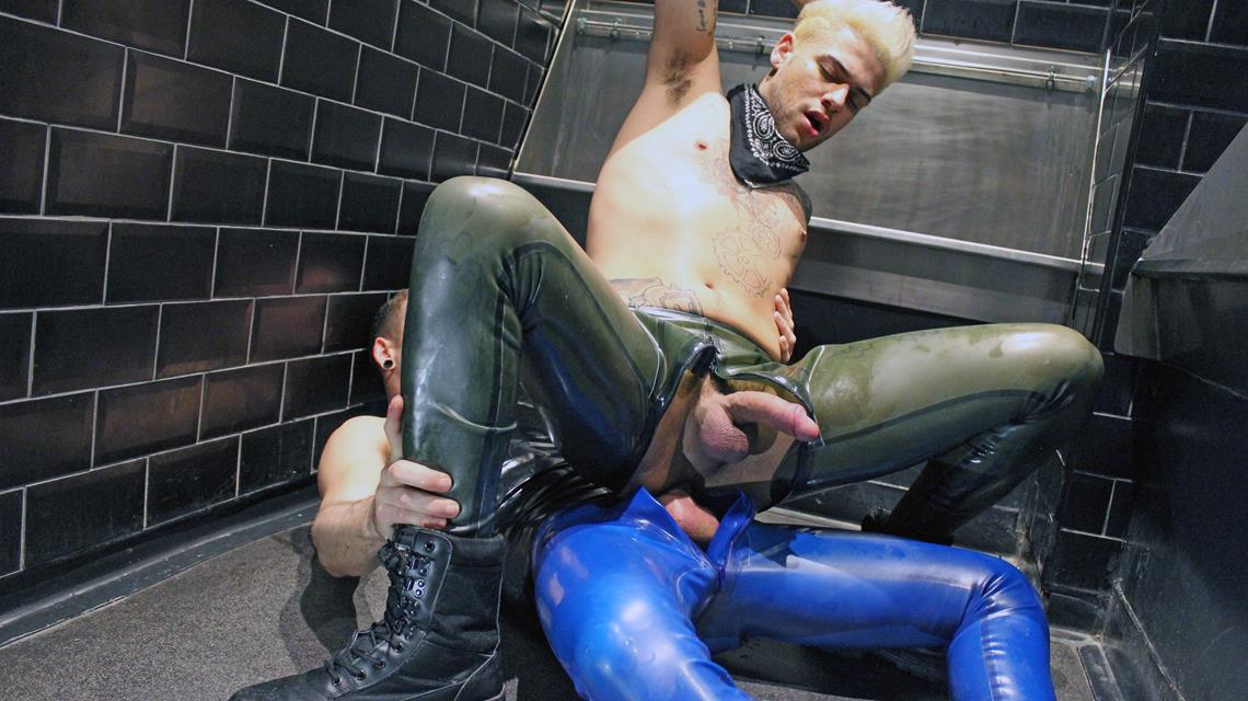 GuyzIn2Rubber – Instant Attraction – Rubber Fun In The Toilet –  Jack Taylor & Mickey Taylor