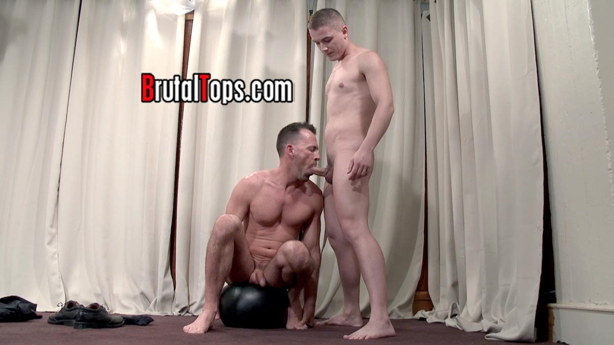 BrutalTops – Master Austin Orders His Sub To Suck His Cock