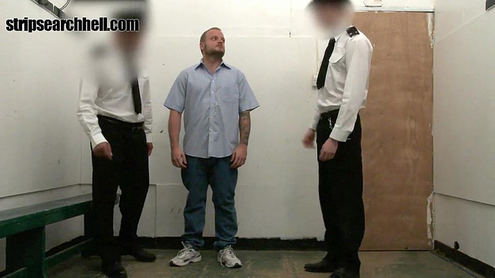 StripSearchHell – Beefy Lad Strip Searched