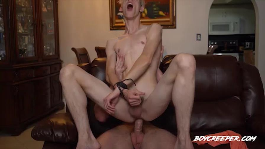 BoyCreeper – Bad Neighbor Disciplined
