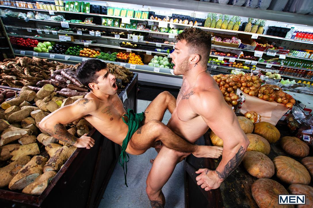MEN.com – Clean-Up On Aisle 69 – William Seed, Ty Mitchell