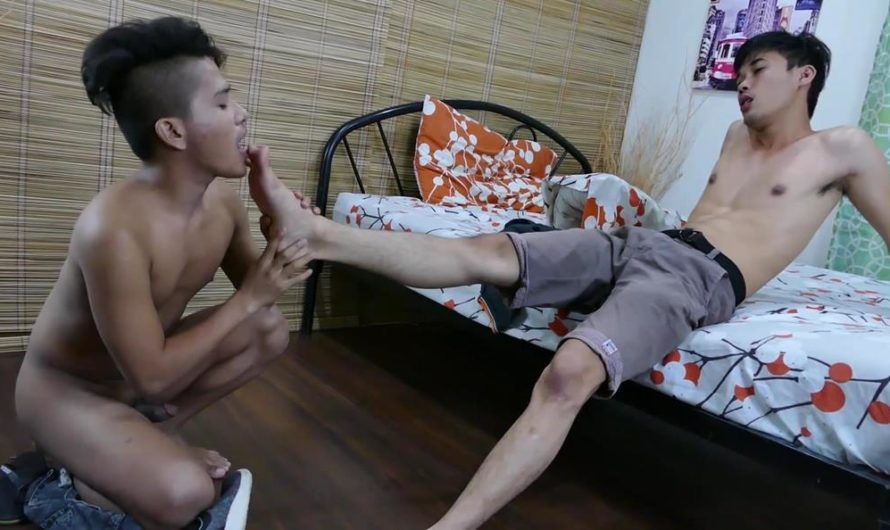 TwinkyFeet – Twinks Russel and Andrew