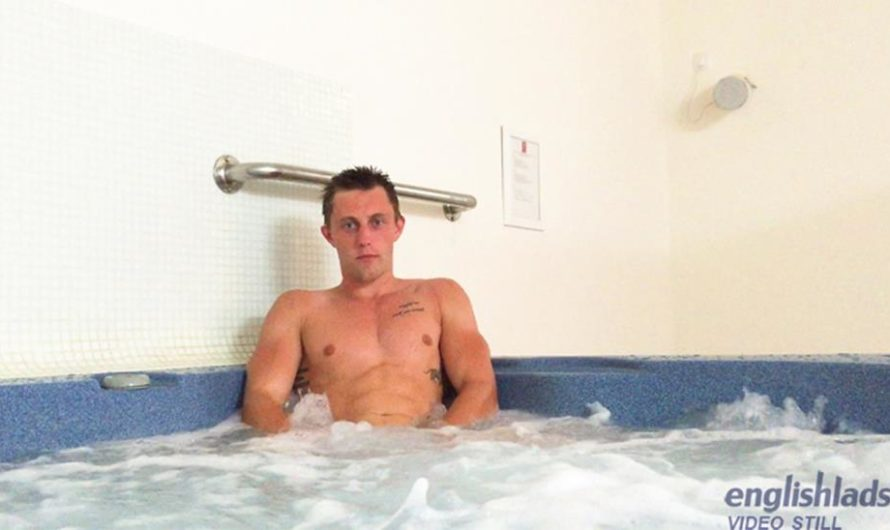 EnglishLads – Cameron Donald Risks Wanking his Big Uncut Cock in a Public Jacuzzi