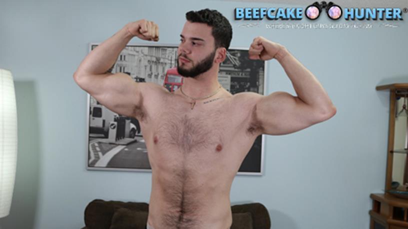 BeefCakeHunter – Blowing tall handsome Beefcake Josue