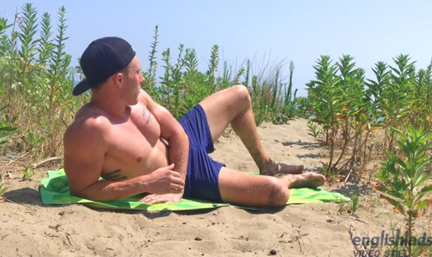 EnglishLads – Cameron Donald Wanks his Big Uncut Cock & Shoots his Load at a Secluded Beach!