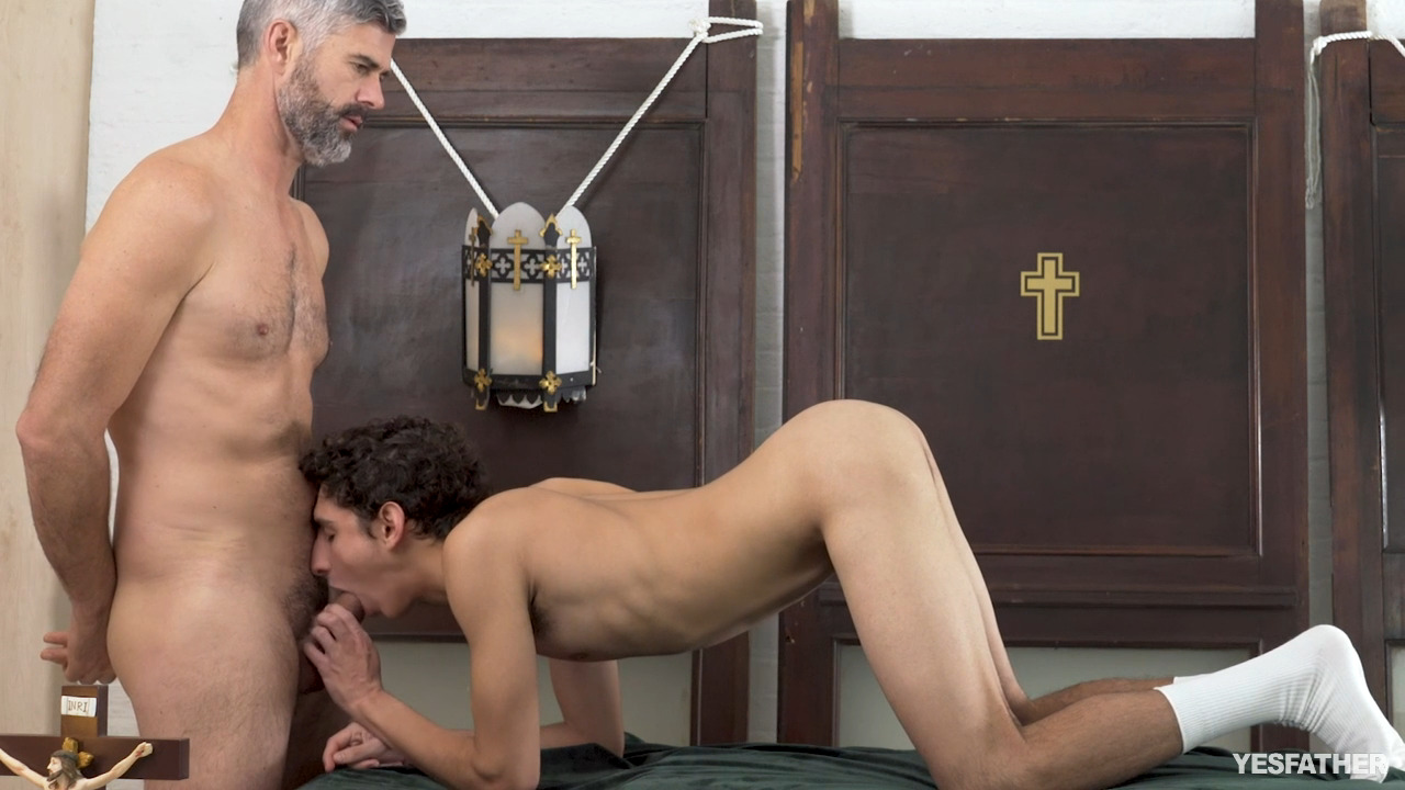 YesFather - Altar Training - Carter Fore, Father Oaks YesFather