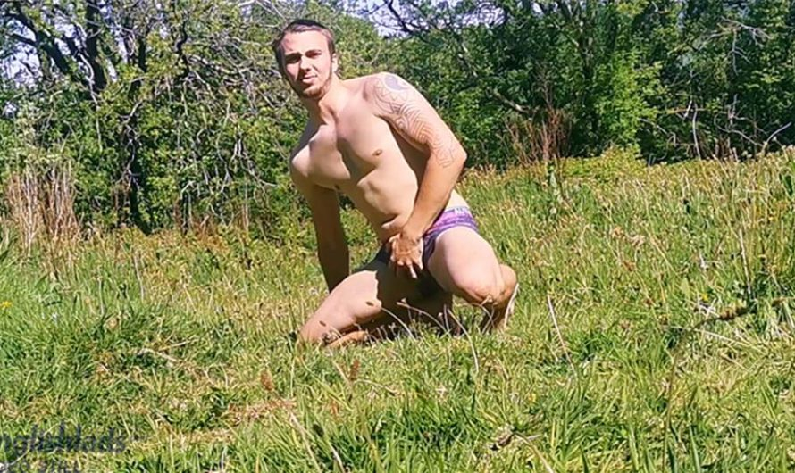 EnglishLads – Finn Wright Wanks his Uncut Cock in the Countryside & Shoots his load!
