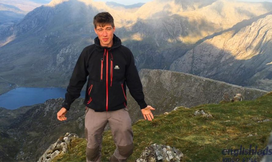 EnglishLads – Henry Kane Wanks his Hard Uncut Cock in the Mountains