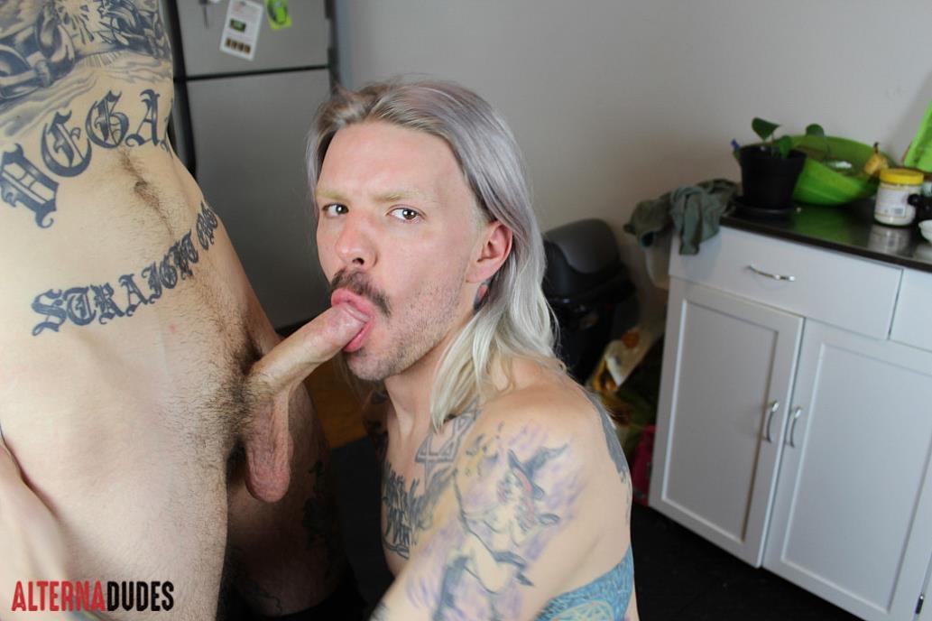 AlternaDudes - Biker Fucks A Hippie AlternaDudes