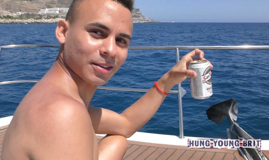 HungYoungBrit – Adorable 19yr Beautiful Boy on the boat – Spanish lad finger Luvs it RAW