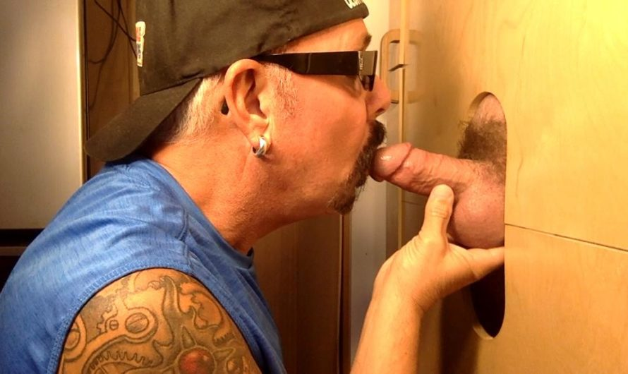 GloryHoleHookups – Married Stud Knows How To Feed Me