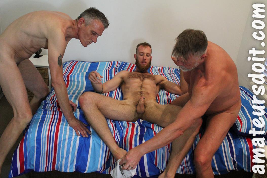 AmateursDoIt - Tyla, Max & Don AmateursDoIt