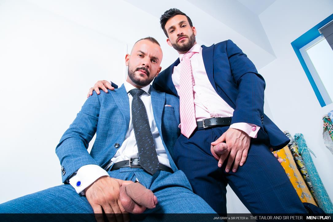 MenAtPlay - The Tailor and Sir Peter - Javi Gray, Sir Peter MenAtPlay