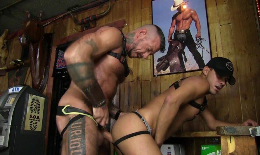 BarebackMeDaddy – Daddy Ray Barebacks Cesar Xes