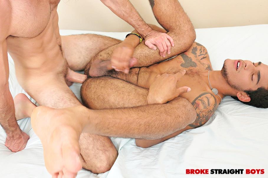 BrokeStraightBoys - Gym Buddies - Gino Zanetti, Javier Sexton BrokeStraightBoys