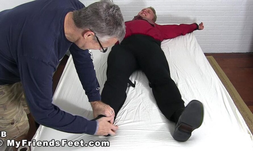 MyFriendsFeet – Ticklish Stud JB Iceman Gets Delivered